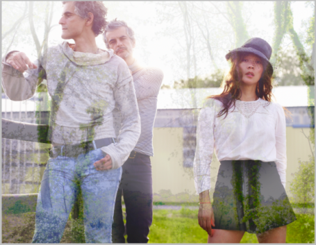 IN THE AIR | Blonde Redhead